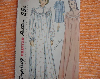 vintage 1940s Simplicity sewing pattern 2646 misses nightgown in two lengths size 18 bust 36