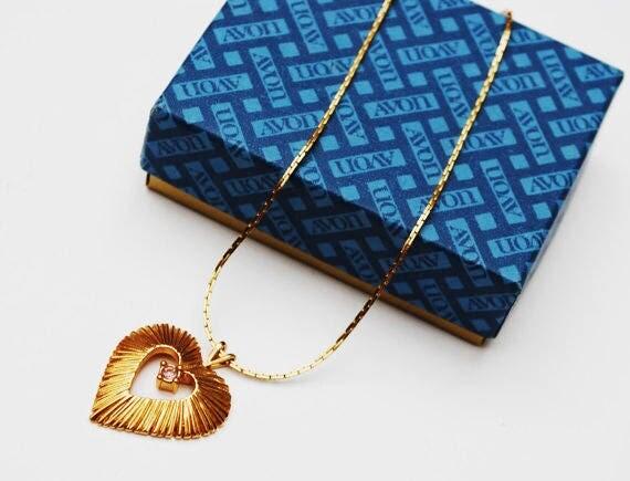 Gold Heart necklace - Avon Signed - Light Pink Rhinestone -Vintage heart pendant