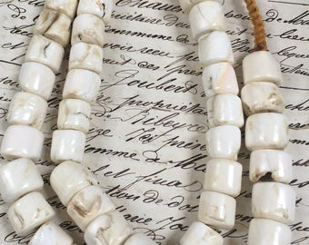 Large Shell beads,rondelles ,~ 25 beads included, made from sea shells, Shell rondelles, shell heishi beads, large heishi beads, 15mm x 15mm
