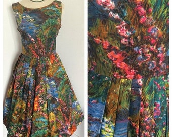 SALE 1950s bright floral polished cotton full skirt day dress. Sz S-L
