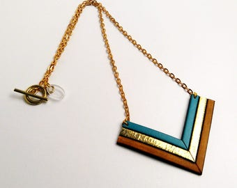 Necklace leather camel vintage gold and Mint