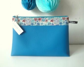 Maxi toiletry bag in peacock blue imitation leather and Liberty Scotty Tiger