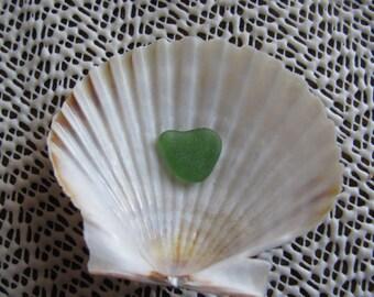Sea glass gree heart