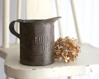 Vintage Tin Measuring Can, Rustic Kitchen Decor, Rustic Farmhouse Kitchen Decor, 1 Quart Tin Pitcher, For Household Use Only Pitcher