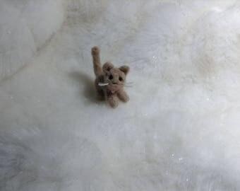 OOAK Handmade tiny Needle felted Cat kitten sculpture wool Art 1:12 Dollshouse pet shelf Collectable Sweet Miniature