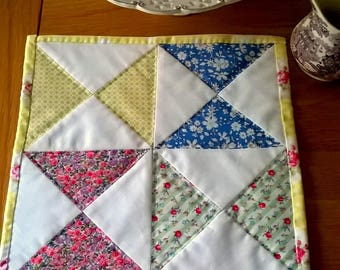 1930s Inspired Patchwork Table Mat or Pot Stand