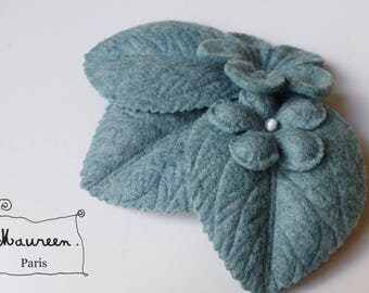 "fascinator hair clip ""winter garden"" powder blue"