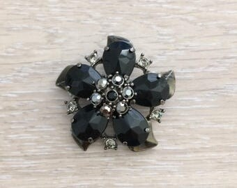 Black Rhinestone Acrylic Flower Brooch