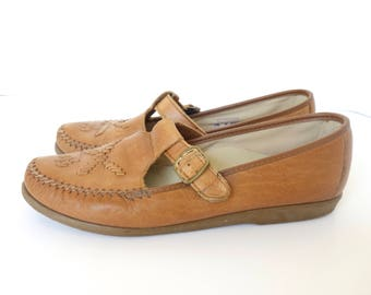 Vintage 80s Brown Leather Moccasin Loafers Size 7.5 m Soft Spots