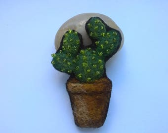 Needle felted cactus brooch.