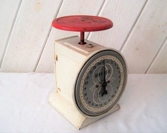 Vintage scales, antique kitchen scales, Way Rite scales, red, gray, ivory, rustic, distressed, primitive farmhouse decor, retro kitchen