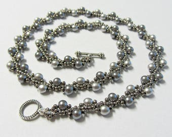 Serpentine Beadwoven Necklace Handmade