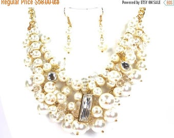 SALE SALE 3 Piece Pearl Bridal Set, Pearl Necklace Bridal Set, Ivory Wedding Jewelry Set, Cream Pearl Evening Necklace Set ~ E 10