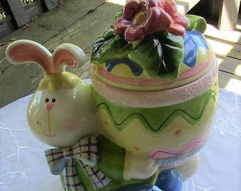 Summer Sale Easter Bunny Easter Egg Ceramic Cookie Jar, Home Interiors, Homco, Vintage Item, Collectible