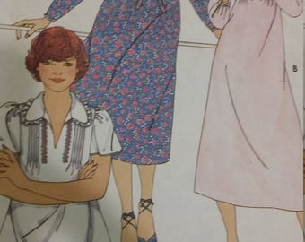 UNCUT and FF Pattern Pieces Vintage Butterick 6025 Sewing Pattern Size 10 Dress and Top
