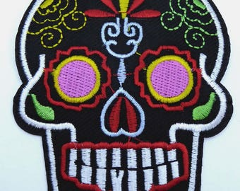 Embroidered patch fusible skull skull candy skull pinup x 1