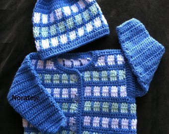 Squares on blue baby set pattern