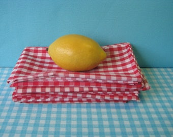 Vintage Gingham Cloth Napkins - Set of 8 - Luncheon Style - Red and  White Check  - Cotton -  1970s