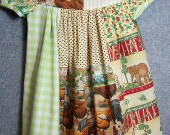 Old-fashioned little girls dress