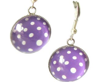 Cabochon, purple earrings with white dots