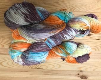 Variegated Yarn -  Merino wool - hand dyed wool- indie dyed yarn - merino wool - sock yarn - hand dyed Sock yarn -  fingering weight -