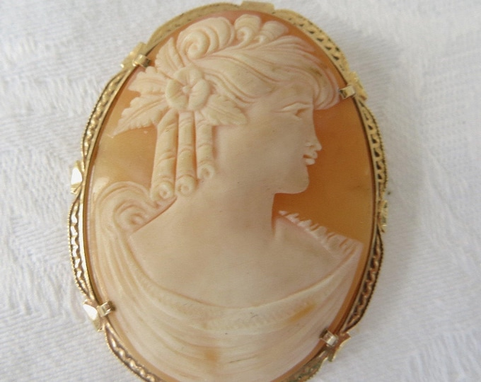 14K Shell Cameo Brooch, Left Facing Woman, Cameo Pendant, Vintage Cameo Jewelry, Heirloom Cameo