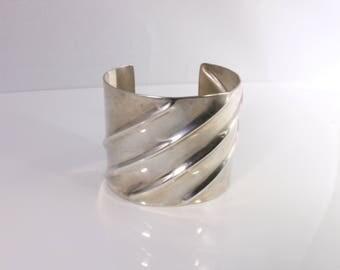 Silver Wavy Cuff