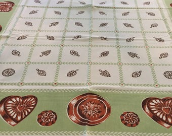 Tablecloth, CHP, Jello Molds, Trivets, Gelatin, Green and Copper colors, Vintage, Rare!