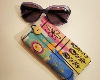 Glasses case, sunglasses case, eyeglasses case, Case for sunglasses, Quilted eyeglass case, glasses sleeve, sunglasses sleeve, flower