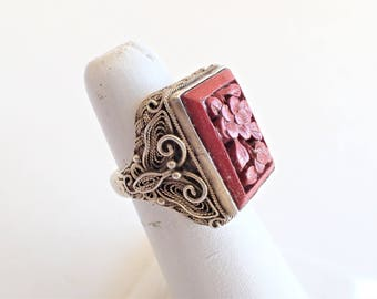 Chinese Export Silver Filigree Carved Cinnabar Vntage Ring