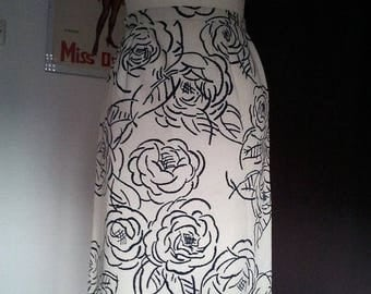 ON SALE mini price - Vintage pencil skirt flowers 1950 S pin up
