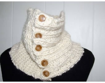 White Knit Neck Warmer/Cowl / Soft and Warm / OOAK Hand Dyed and Hand Spun  Christmas Gift For Her