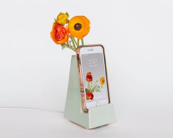 STAK Bloom Phone Vase, Mint Green
