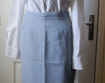 Pale blue skirt right vintage. 1940s style