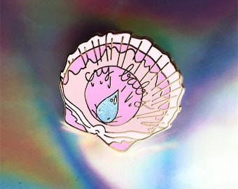 Cry baby Pin - Seashell pin - Cry baby hard enamel Pin - Lovestruck Prints