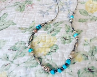 A turquoise,Silver necklace