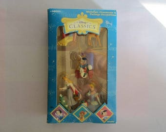 Disney Classic 5-Pc Miniature Ornament Set Vintage New Fairy Tale Character Princesses Snow White, Cinderella, Aurora, Pinocchio, Bambi NIB