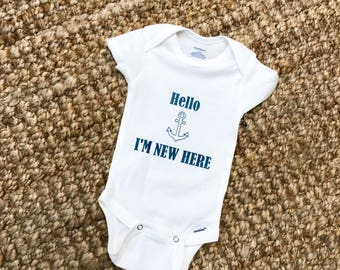 Hello i'm new here, Baby one piece bodysuit, Baby shower gift, Funny infant clothes