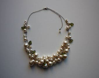 Vintage Faux White Pearl Green Glass Leaf Cluster Silver Wedding Bridal Necklace