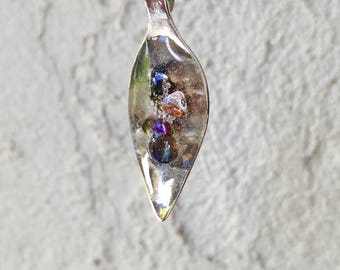 Glass pearls pendant