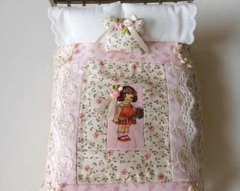 Dollhouse Quilt, Paper Doll Quilt & Pillow, Patchwork Quilt, Shabby Chic, Vintage Style, Embroidery, Hand Quilted,Handmade OOAK 1/12th Scale