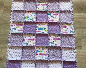 Flannel purple quilt, Flannel Dachshund quilt, Flannel Dog Cat blanket, Flannel Fabric, Baby gift, Baby Shower, Crib nursery, Purple flower