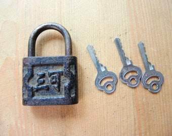 Vintage Working Padlock With Key / Made In China 1950s / Door Pad Lock With  Key
