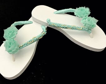 Bridesmaid Flip Flop. Destination Wedding. Wedding Flip Flops. Bridal Flip Flops. Wedding Flip Flops. Beach Wedding. Beach Slippers.