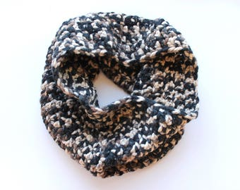 Camo infinity scarf, multicolor cowl scarf, came crochet scarf, beige wool scarf, variegated scarf, crochet scarf, knit scarf