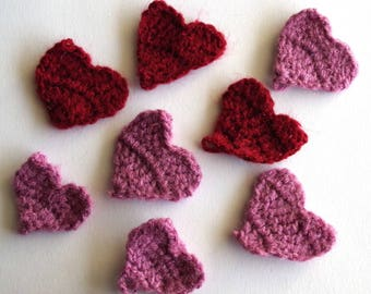 Set of 8 appliques crochetes hearts red and dusty pink