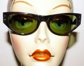 B&L Cat Eye Ray Ban Playtime Sunglasses Vintage Retro