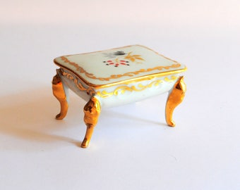 Vintage French Limoges Porcelain Trinket Box