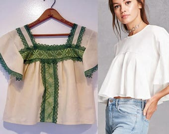 Vintage 70s Flutter Sleeve Crop Top