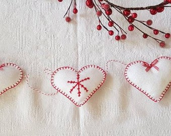 Scandinavian Style White Felt Heart Christmas Garland